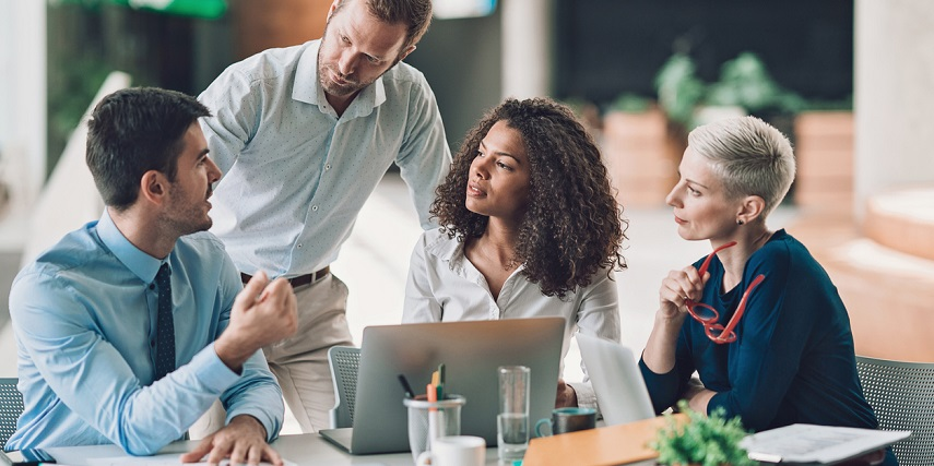 Team measuring customer engagement through their product customizer