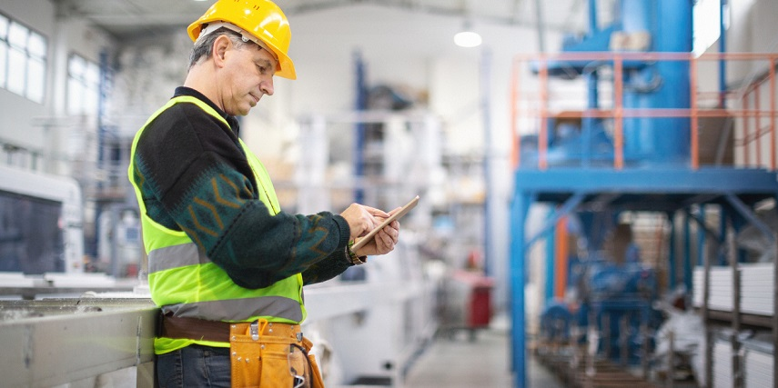 Warehouse field service rep ordering equipment for a client through a product customizer