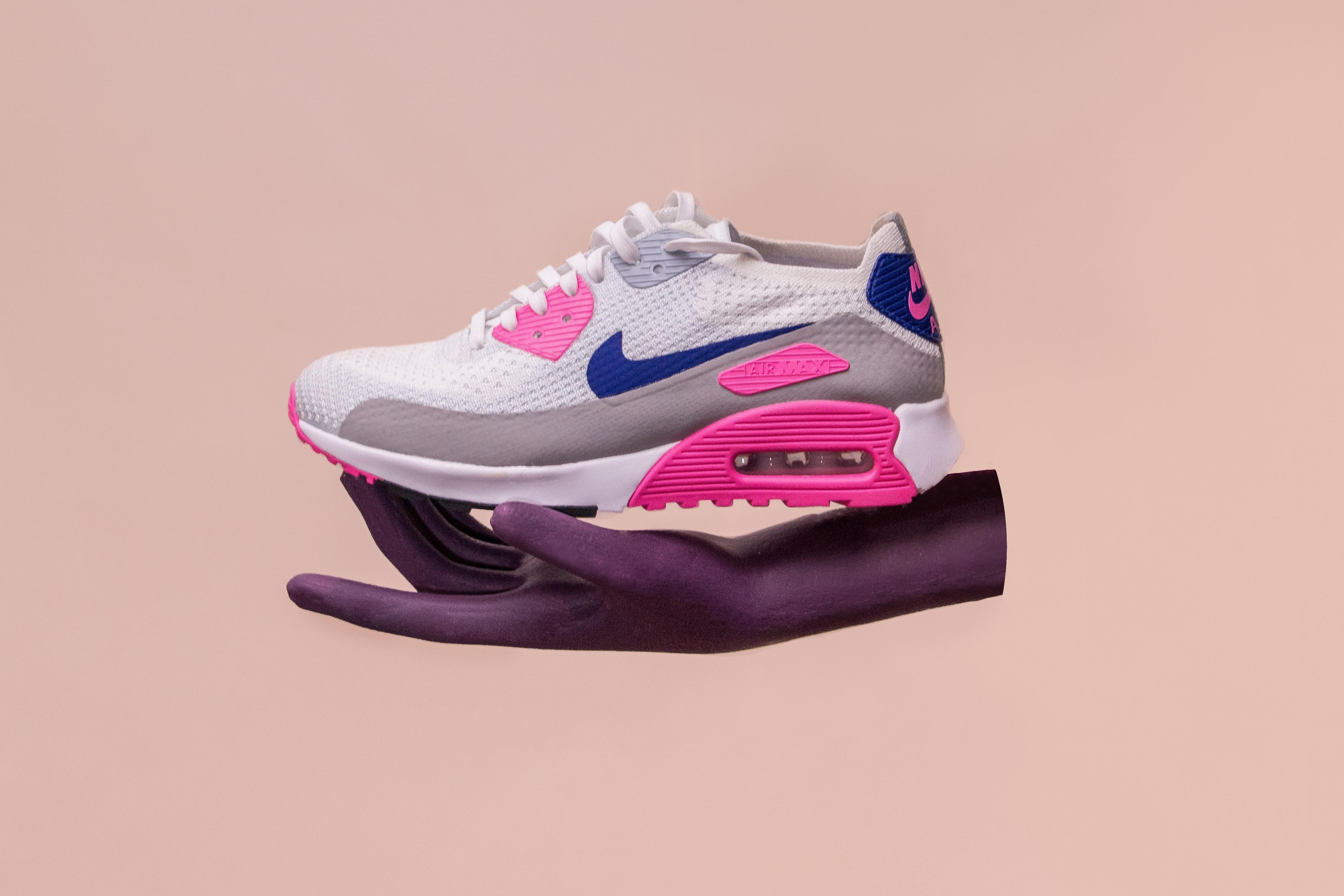 Nike shoe image
